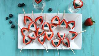 https://www.tablespoon.com/recipes/red-white-and-blue-strawberry-jello-shots/6e50a8d5-bbf5-40be-88f2-da92c566a3c0